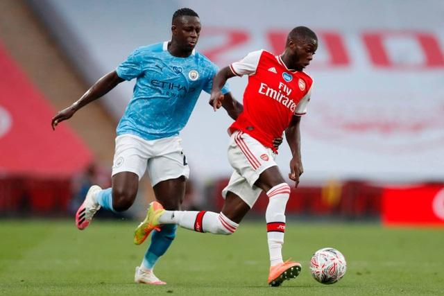 Nhìn lại chiến thắng ngọt ngào của Arsenal trước Man City - 5