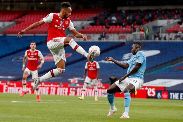 Nhìn lại chiến thắng ngọt ngào của Arsenal trước Man City - 6
