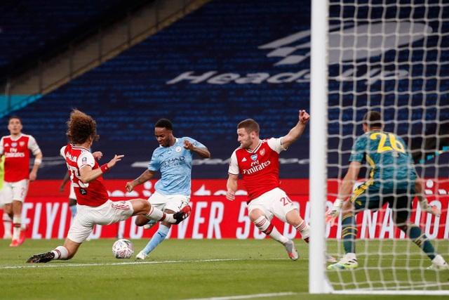 Nhìn lại chiến thắng ngọt ngào của Arsenal trước Man City - 13