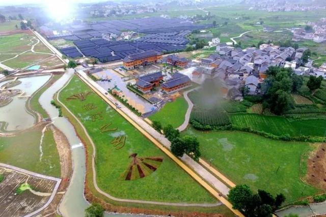 Huyện nghèo Trung Quốc nợ hàng tỷ USD vì các dự án khủng xây mãi không xong - 6