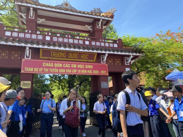 """Thi lớp 10 tại Thừa Thiên Huế: Đề Ngoại ngữ ít đánh đố, dễ """"ăn"""" điểm - 5"""