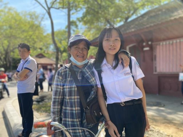 """Thi lớp 10 tại Thừa Thiên Huế: Đề Ngoại ngữ ít đánh đố, dễ """"ăn"""" điểm - 1"""