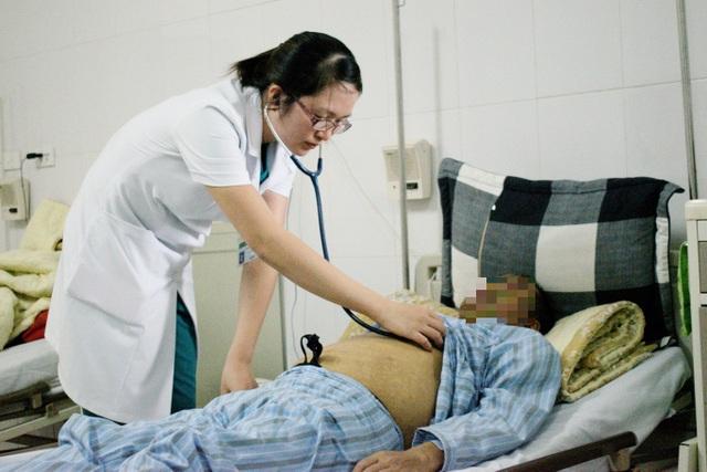 Người Việt tự đưa mầm mống của ung thư gan vào cơ thể như thế nào? - 1