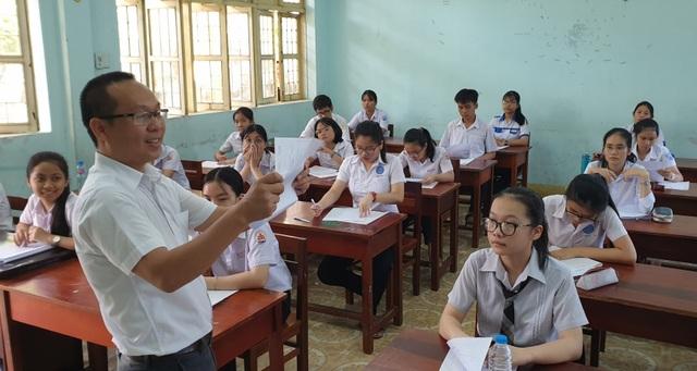 Gần 5.700 học sinh Phú Yên bắt đầu kỳ thi tuyển sinh lớp 10 - 1