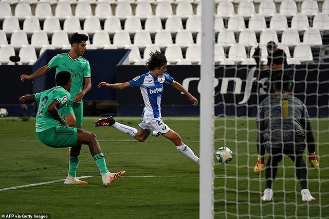 Real Madrid đứt mạch trận toàn thắng ở vòng cuối cùng La Liga - 4