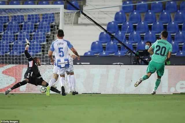 Real Madrid đứt mạch trận toàn thắng ở vòng cuối cùng La Liga - 5