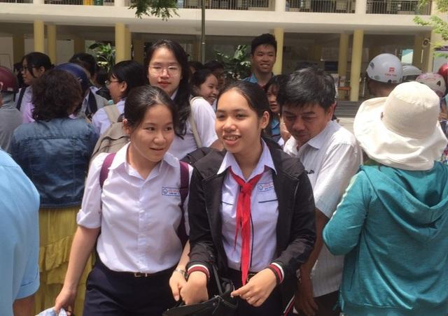 Đà Nẵng: Đề thi khó, nhiều thí sinh thi vào THPT chuyên Lê Quý Đôn lo trượt - 1