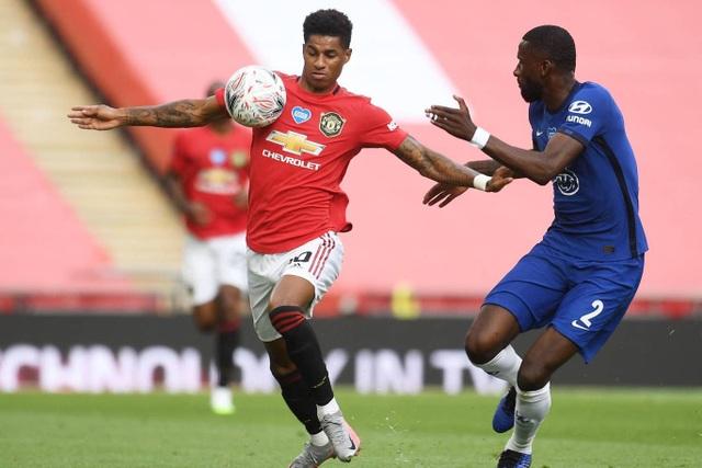 Man Utd 1-3 Chelsea: De Gea, Maguire liên tiếp mắc sai lầm - 14