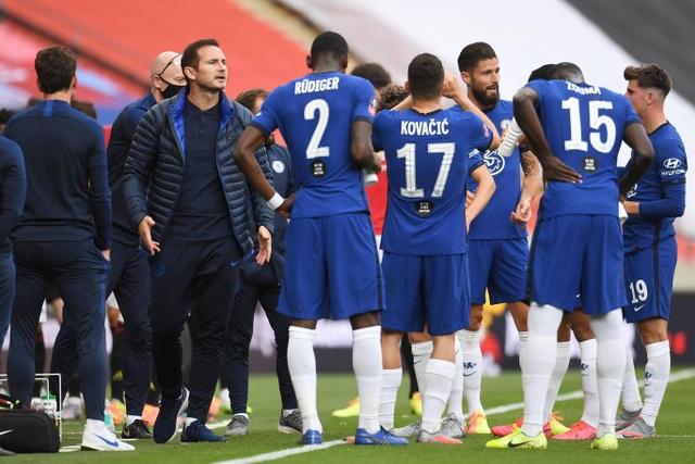 Nhìn lại thất bại đầu tiên của Solskjaer trước Lampard - 7