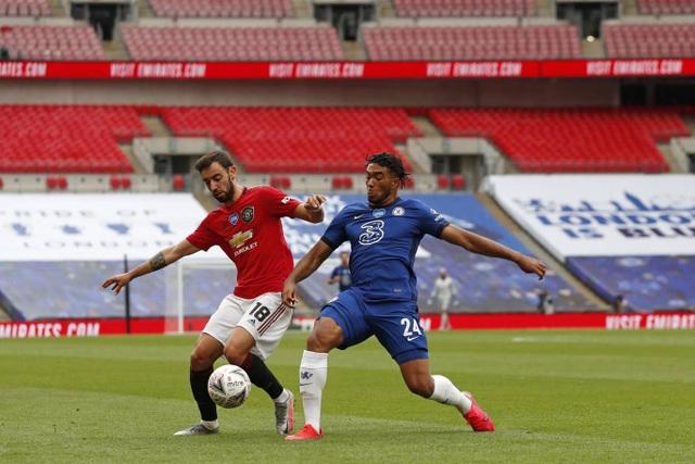 Man Utd 1-3 Chelsea: De Gea, Maguire liên tiếp mắc sai lầm - 13