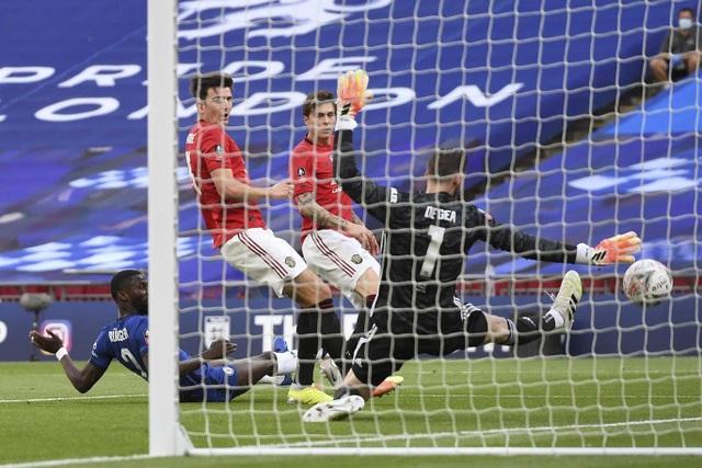 Nhìn lại thất bại đầu tiên của Solskjaer trước Lampard - 17