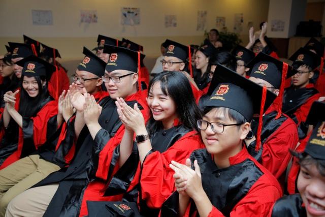 14 học sinh nhận học bổng du học tại Anh, Mỹ, Hà Lan và Hàn Quốc - 1