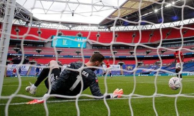 """Man Utd thất bại: De Gea không còn là để """"nuông chiều"""" - 3"""