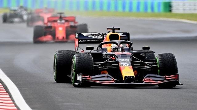 Lewis Hamilton cân bằng kỷ lục với huyền thoại Michael Schumacher - 12
