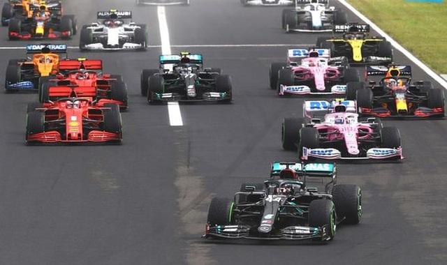 Lewis Hamilton cân bằng kỷ lục với huyền thoại Michael Schumacher - 13
