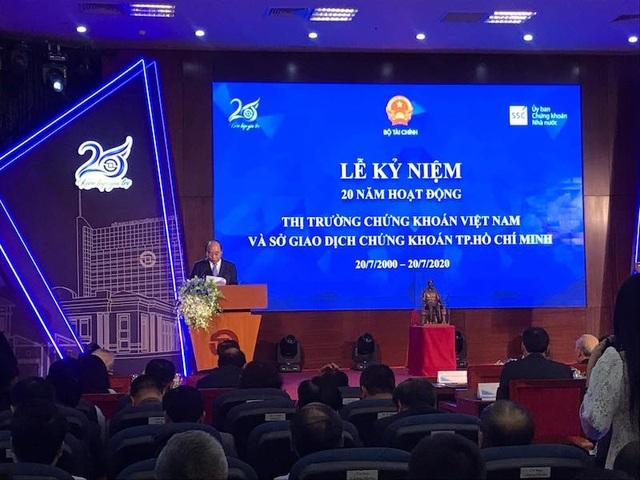 Thủ tướng Nguyễn Xuân Phúc: Chứng khoán Việt sẵn sàng chinh phục biển lớn - 1