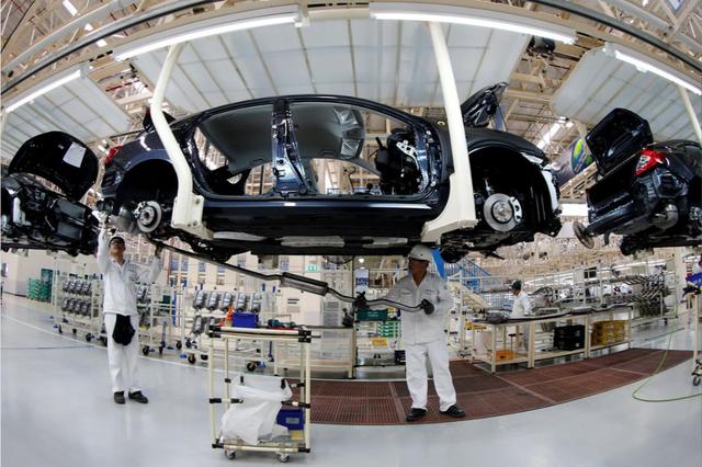 Đại dịch nhào nặn lại ngành công nghiệp ô tô của Thái Lan - 1