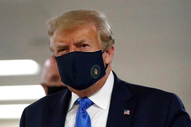 Hơn 143.000 người chết vì Covid-19 tại Mỹ, ông Trump nhận trách nhiệm - 1
