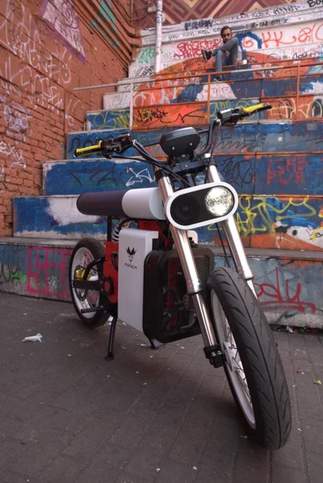 Xe máy điện Punch Moto - Đơn giản và khác lạ - 9
