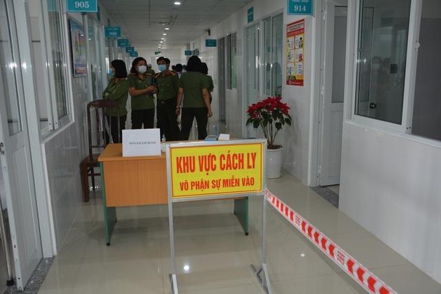 Đà Nẵng: Thêm 5 người Trung Quốc cách ly tại bệnh viện - 1