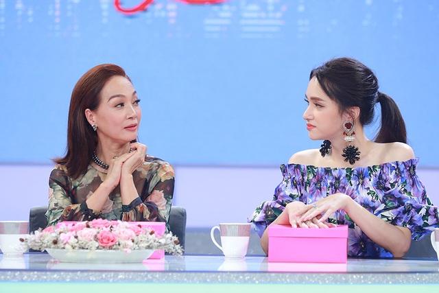 """Hương Giang nghẹn ngào khi Mỹ Tâm, Nguyễn Quang Dũng """"chất vấn"""" giới tính - 2"""
