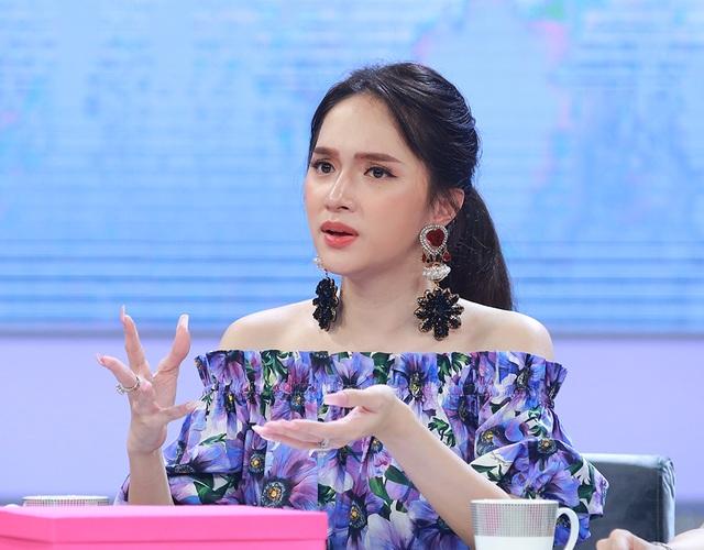 """Hương Giang nghẹn ngào khi Mỹ Tâm, Nguyễn Quang Dũng """"chất vấn"""" giới tính - 4"""