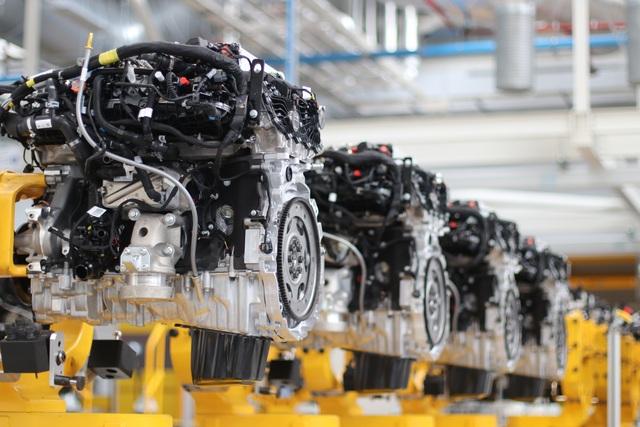 Jaguar Land Rover và cột mốc 1,5 triệu động cơ Ingenium - 1