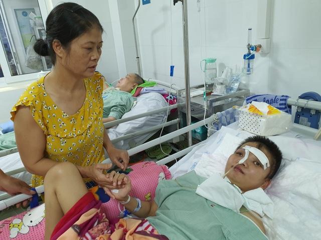 Cô gái trẻ nằm bất tỉnh 1 tháng vì tai nạn được bạn đọc giúp đỡ đã tỉnh lại - 3