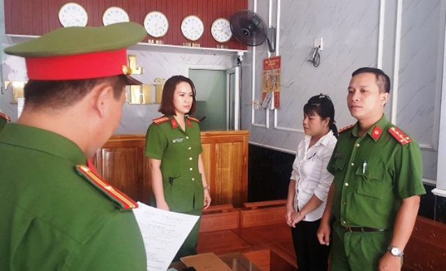 Nữ quản lý khách sạn sửa phòng cách âm để con nghiện hít ma túy - 1