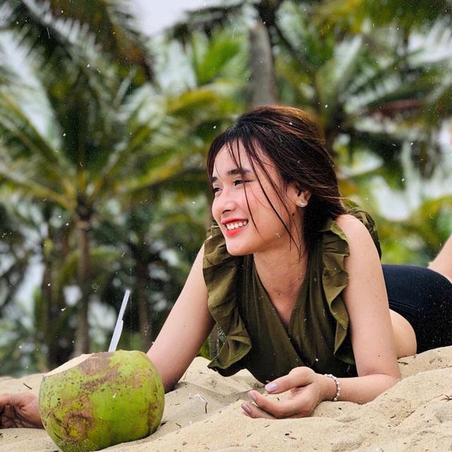 Nữ sinh gây chú ý vì nhan sắc gần giống diễn viên nổi tiếng Trung Quốc - 8