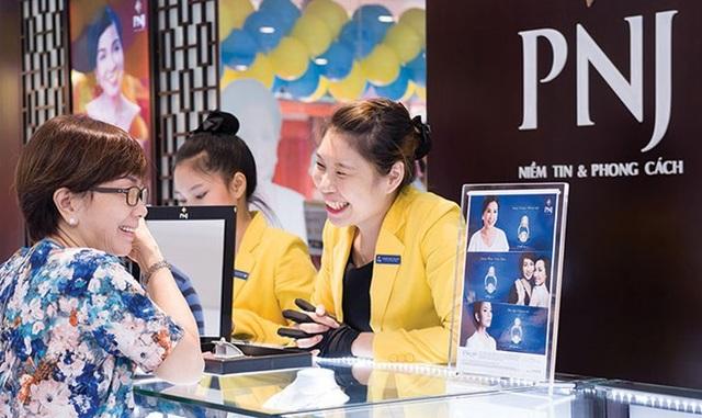 """""""Đế chế vàng bạc"""" của bà Cao Thị Ngọc Dung sụt lãi hơn 80% - 1"""