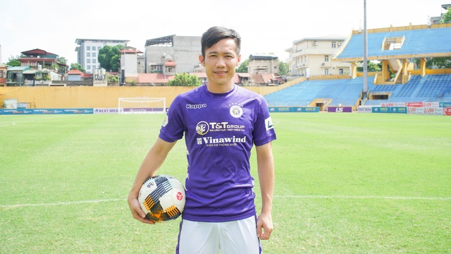 Cựu tuyển thủ Tấn Tài đầu quân cho CLB Hà Nội - 1