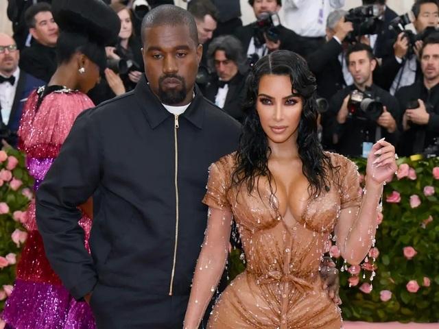 Kim Kardashian tiết lộ chồng bị rối loạn lưỡng cực - 1