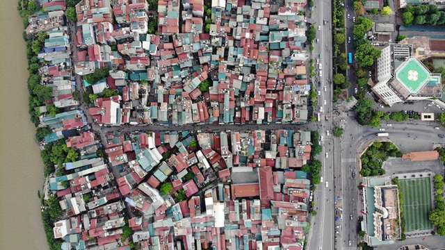 Cận cảnh nơi dự kiến xây dựng cầu Trần Hưng Đạo nối quận Long Biên - Hoàn Kiếm - 1