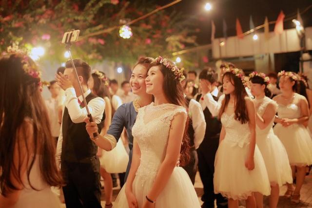 Tại sao Lễ trưởng thành của trường THPT Hồng Hà luôn đặc biệt? - 3