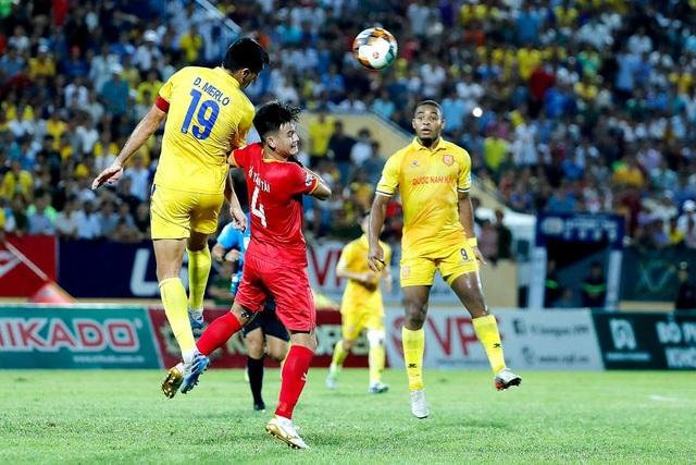 CLB Nam Định và CLB Hải Phòng cùng đề xuất dừng V-League - 1