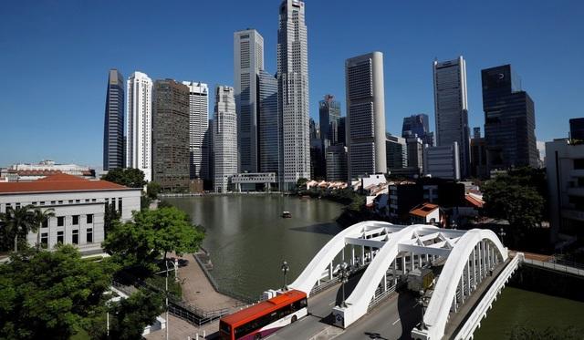 Singapore có thể giành vương miện tài chính của Hồng Kông? - 1