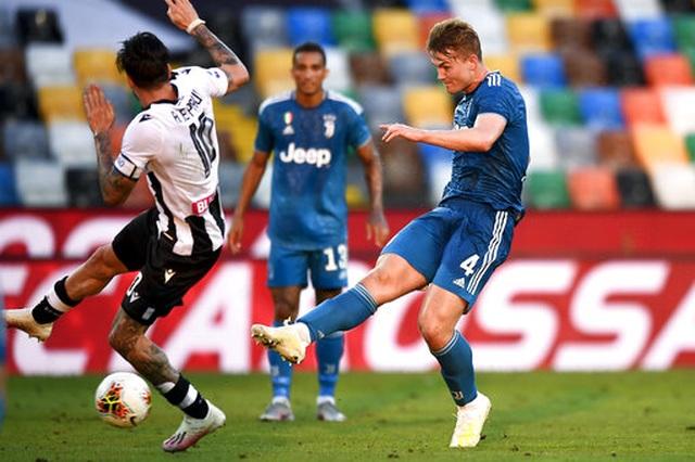 C.Ronaldo mờ nhạt, Juventus thua sốc và lỡ cơ hội vô địch sớm - 2