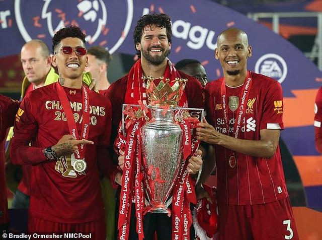 Trộm khoắng sạch nhà sao Liverpool khi mải ăn mừng chức vô địch - 1