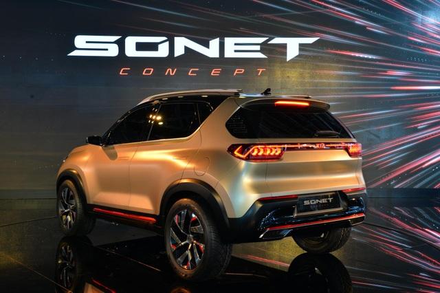 Hình ảnh chính thức đầu tiên về mẫu SUV cỡ nhỏ mới của Kia - 5