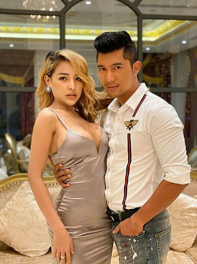 Sở Văn hóa Hà Nội sẽ xử lý nghiêm vụ Ngân 98 mặc phản cảm đi diễn  - 3