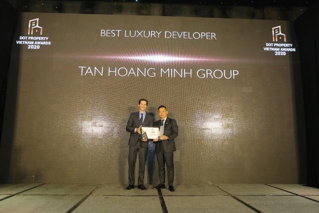Tân Hoàng Minh lập cú hattrick giải thưởng lớn tại Dot Property Vietnam Awards 2020 - 1