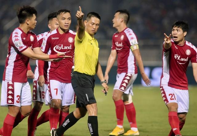 VFF có giải quyết được vấn nạn trọng tài ở V-League? - 1