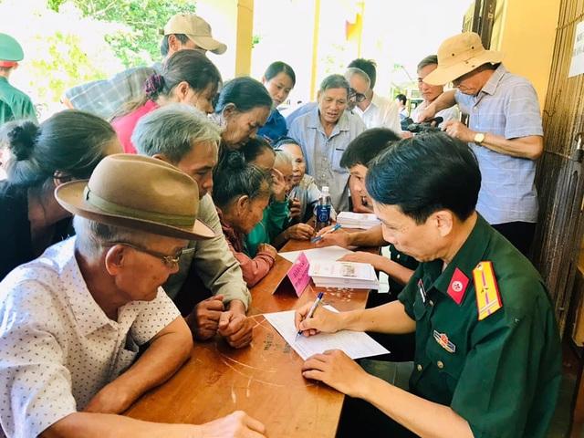 Tuổi trẻ quân đội, Tỉnh Đoàn Quảng Trị tặng quà tri ân đối tượng chính sách - 2