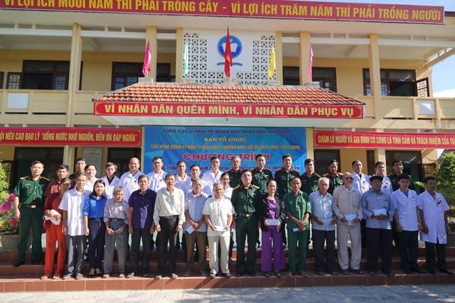 Tuổi trẻ quân đội, Tỉnh Đoàn Quảng Trị tặng quà tri ân đối tượng chính sách - 1