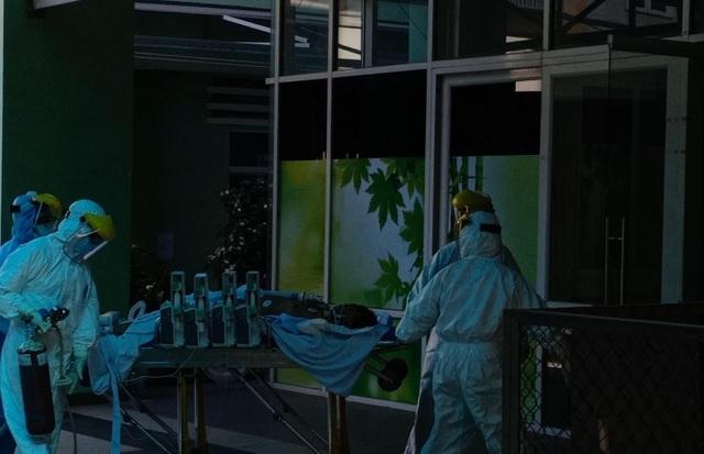 Bệnh nhân Covid-19 ở Đà Nẵng diễn biến xấu nhanh, phải chạy ECMO - 1