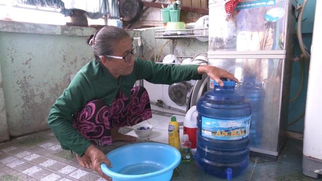 Người dân đảo Lý Sơn lao đao vì nước nhiễm mặn - 1