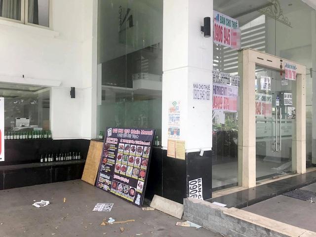 TPHCM: Đỏ mắt tìm người thuê mặt bằng ở khu phố người Hàn - 2
