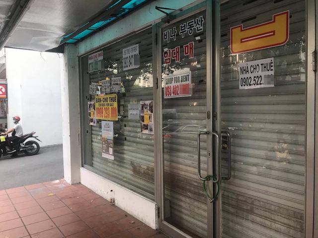 TPHCM: Đỏ mắt tìm người thuê mặt bằng ở khu phố người Hàn - 9