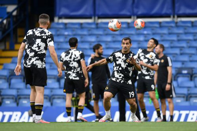 Chelsea 2-0 Wolves: Những cú đánh nhanh gọn - 13